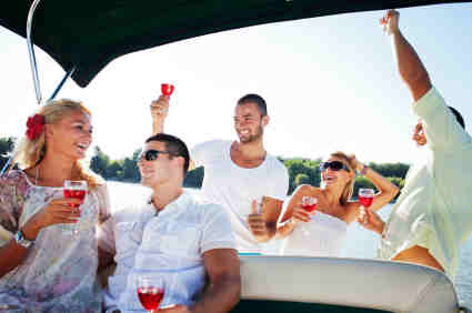 Party boat hire - Party Venues Perth